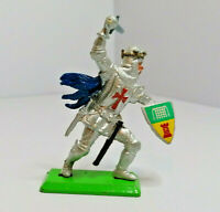 Britains Deetail foot soldier Knight Vintage Figures Toy Soldiers 1971 Version 4