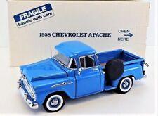 Danbury Mint Classic Cars 1:24 Scale w/Coa 1958 Chevrolet Apache Stepside Pickup