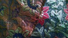 Ricco Rosso, Oro e broccato nero 1 M. tessuto di Halloween. difficile da trovare. UK venditore
