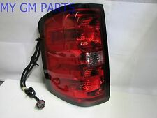 SILVERADO PASSENGER SIDE RIGHT TAIL LIGHT TAIL LAMP 2014-2015 NEW OEM  23431876