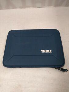 """Thule TGSE2355BLU Gauntlet 4.0 Sleeve for 13"""" Laptop Macbook Blue"""