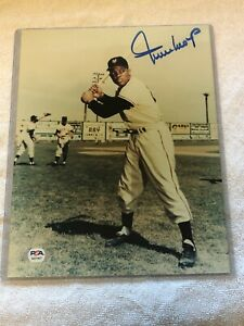 Willie Mays Signed 8x10 Photo Autograph Auto PSA/DNA AI21907