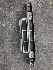 1998-2004 Chevy S-10 Blazer Front Grille