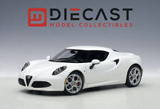 AUTOART 70185 ALFA ROMEO 4C, GLOSS WHITE 1:18TH SCALE