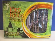 RARE lotr LORD OF THE RINGS CHESS SET pewter bronze effect EDITION R77