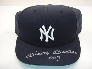 MICKEY MANTLE NO. 7 UDA UPPER DECK AUTHENTICATED SIGNED AUTOGRAPH YANKEES HAT