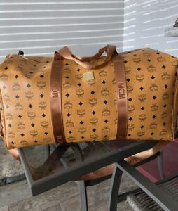 High Quality Brown leather duffle bag (Read Description)