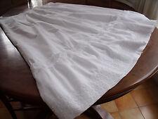ancien  jupon en coton blanc et dentelles