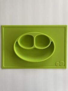 Ezpz green Happy mat 100% silicone suction plate with built in placemat •