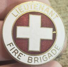 RARE VINTAGE 1940'S WW2 ERA ENAMEL BADGE PIN LIEUTENANT FIRE BRIGADE FIREMAN