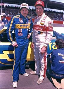 BEAUTIFUL NASCAR SUPERSTAR DARRELL WALTRIP, DALE EARNHARDT 8X10 PHOTO W/BORDERS