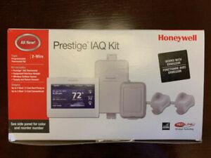 YTHX9421R5101WW Honeywell Prestige IAQ Programmable Thermostat Kit (New in Box)