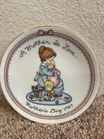 Mothers Day 1987 A Mother Is Love Avon Mini Plate