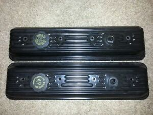 Chevy Valve Covers - GM (10055781)