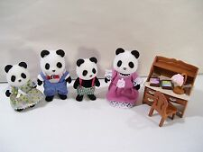 LOT OF 4 CALICO CRITTERS WILDER PANDA BEAR FAMILY FIGURES WITH DESK CHAIR LAMP