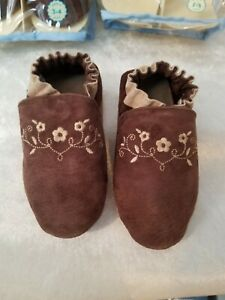 Robeez Dainty Brown Soft sole shoes sizes 2-3yrs and 3-4yrs