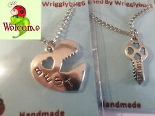 BN SILVER PLATED BEST FRIENDS NECKLACE WITH HEART AND KEY  AUS SELLER 121W