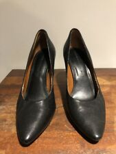BANANA REPUBLIC Black Soft Leather 8M High Heels Pumps Shoes Pointy Toe Classic