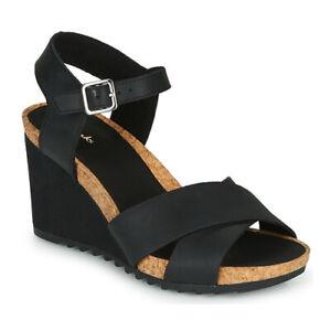 BNIB Clarks Ladies Flex Sun Black Leather Wedged Sandals