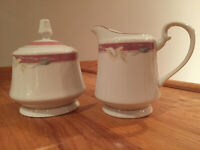 Vintage SANGO Majesty Collection - Taupe Fantasy Creamer & Sugar Bowl / Lid 8394