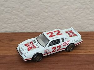 1983 Cup Champion Bobby Allison Miller High Life Buick 1/64 NASCAR Diecast Loose