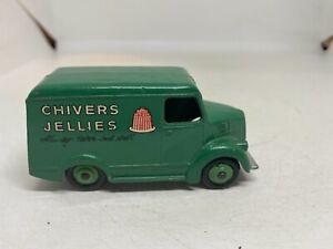 Dinky Toys 452 Trojan Van 'Chivers'
