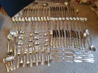 Huge Vintage Oneida Mansion Flirtation ? Silversmith Cutlery set For 12 - 138