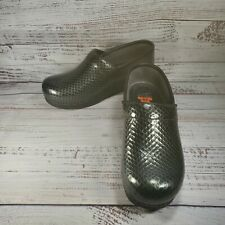 Dansko Pro XP 'Anaconda' Patent Leather Clogs, Gray - Women's EU 38 US 7.5-8