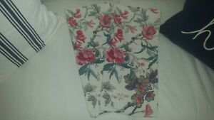 """S/2 Pottery Barn OPHELIA PRINTED Pillow Covers 22 x 22"""" Floral RED BLUE EUC!"""
