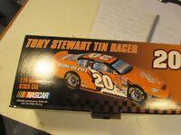 Franklin Mint Tony Stewart 1:24 Home Depot NASCAR #20 Tin Racer