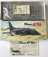 Fujimi Model Kit - BAe Harrier AV-8A British Aerospace Scale 1:72 Model Kit (99)