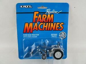Vintage 1993 ERTL Ford 5640 Tractor with End Loader Farm Machines Die-Cast