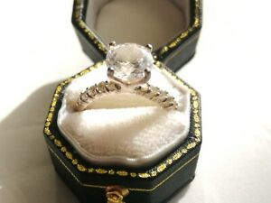 Sterling silver clear cubic zirconia ring size N 2.4g
