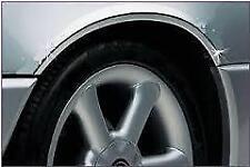 Chrome PASSARUOTA arcate Guardia Protettore stampaggio si adatta a Lexus