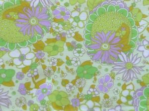 """Vintage 1970s Lightweight Floral Green Purple Fabric Material 36"""" x 1.75 yards"""