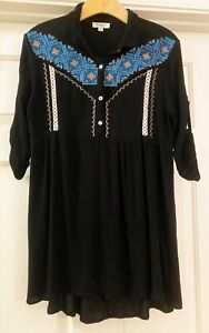 Umgee Anthropologie Womens Black Embroidered Long Gauze Shirt Top size Small