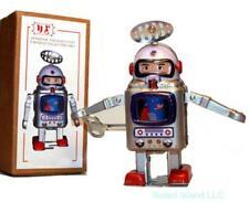 Wind-Up-Astronaut-Walking-Robot-TIN-TOY-USA Seller