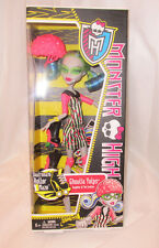 Monster High-Ghoulia Yelps-Skultimate Roller Maze Doll