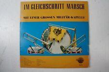 Im Gleichschritt Marsch mit einer grossen Militärkapelle Preussens Gloria (LP32)