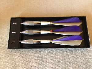 Vintage Unicorn Chrome Darrow Feather Darts - Made In England - Purple and white