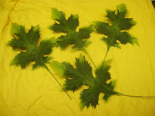 4 Vintage Plastic Oak Leaves - Green