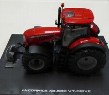 UNIVERSAL HOBBIES 1/32ND TRACTOR MODEL McCORMICK X8.680 VT-DRIVE
