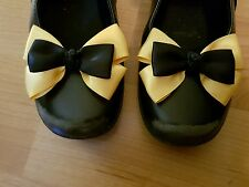 Madelienas SHOE CLIPS My Inspired Emma Wiggle Bow   (Style 3)
