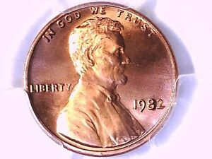 1982 P Lincoln Memorial Cent PCGS MS 67 + RD Zinc Large Date 81172421 Video