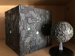 Star Trek Borg Cube Light Up XL Electronic ToyModel & Borg Sphere  Eaglemoss