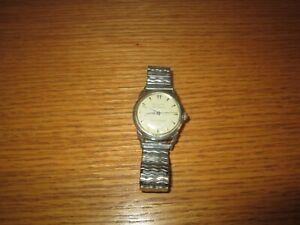 Vintage Men's BULOVA 23 JEWELS SELF WINDING Wrist Watch