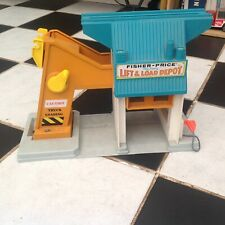 Vintage Fisher Price Toys 942 Play Family Lift & Load Depot 1976