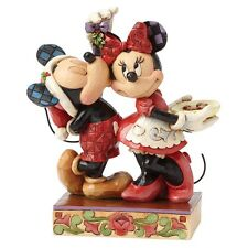 Disney Showcase Under The Mistletoe  Mickey Mouse Christmas Figurine Decoration