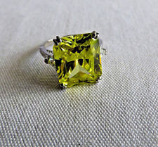 Sterling Silver Ring Gorgeous Lime Color