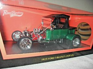1923 FORD T-BUCKET (TOP UP) 1:18 ROAD SIGNATURE OPENING DOORS & REAR TRUNK BOX!